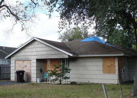 We buy houses in San Antonio in any condition or as-is condition.